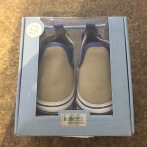 New Robeez baby boy shoes